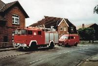 Altes und Neues Feuerwehr Fahrzeuge