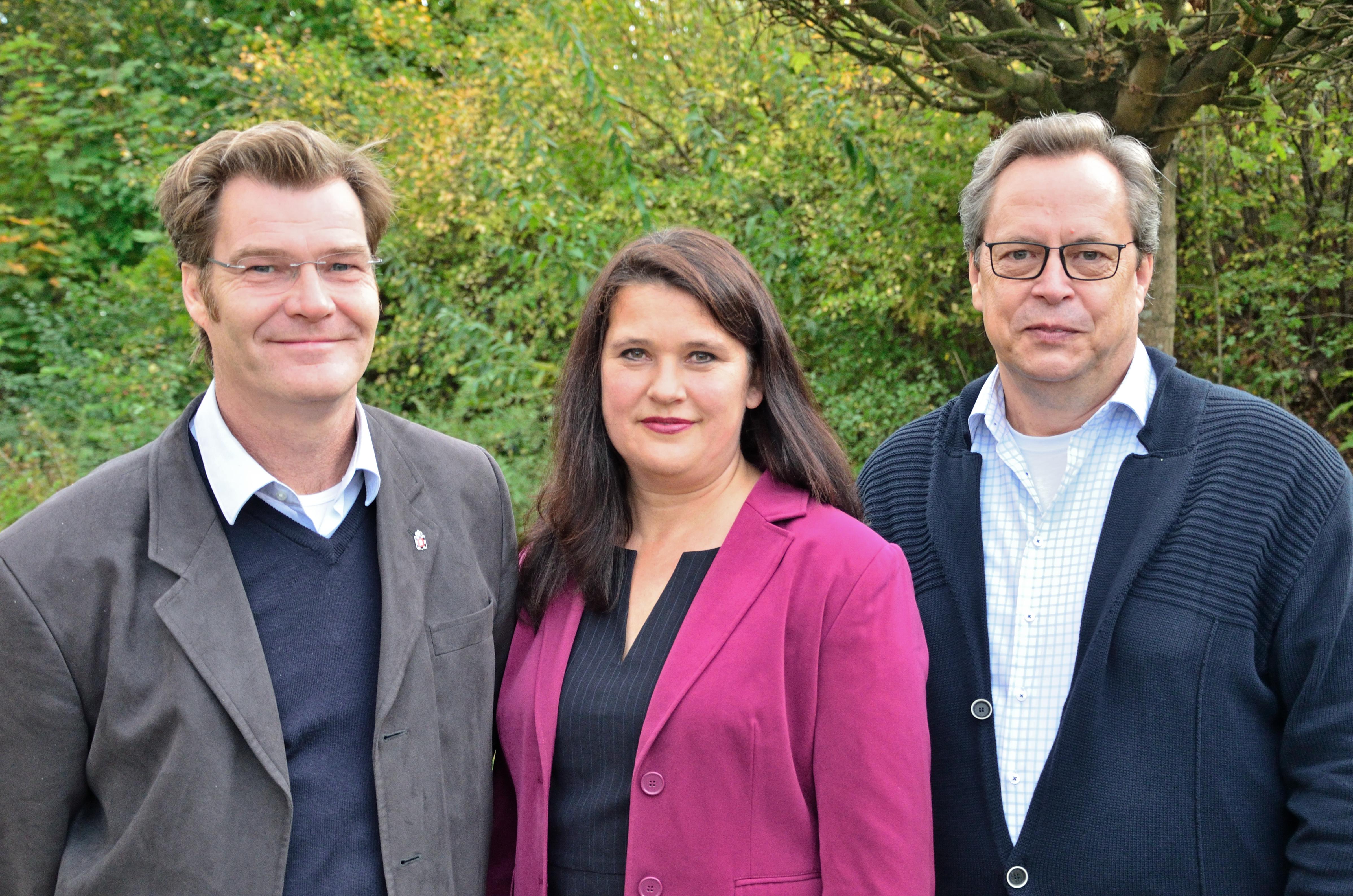 Amtsvorsteherin Falkenberg und ihre Stellvertreter Suhk und Edler